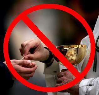 Is Communion in the Hand a Sin? | matt fradd