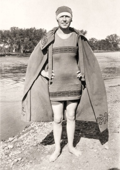 old-fashioned-bathing-suit
